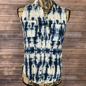 Tie Dye Wash Sleeveless Button-Down Shirt